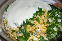 Салат с омлетом, курицей и кукурузой - Шаг 10