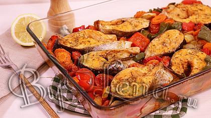 Запеченная рыба с овощами - Видео Рецепт